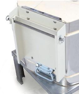 ドールテスト電気窯の安定感ある大型ヒンジ