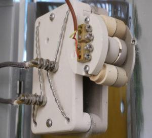 電気窯用電熱線の固定ブロック
