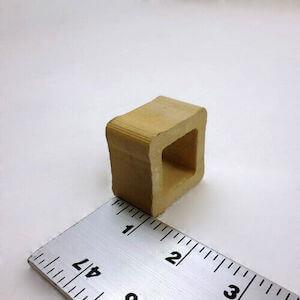 セラミック製中空四角柱の支柱-25mmの