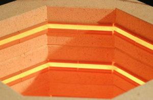 セラミック製の電熱線溝